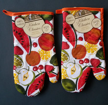 SUMMER FRUIT theme OVEN MITTS Set of 2 Red Orange trim NEW image 4