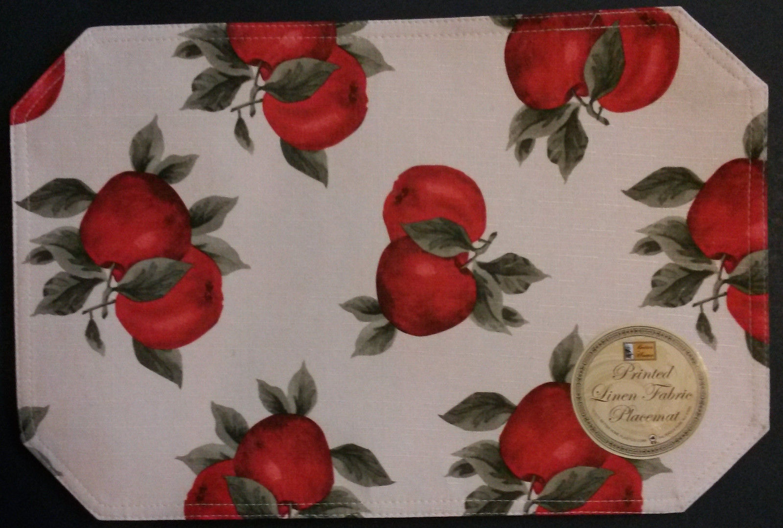 APPLE FABRIC PLACEMATS Set of 4 Red Apples 12x18 Fruit Linen Look NEW