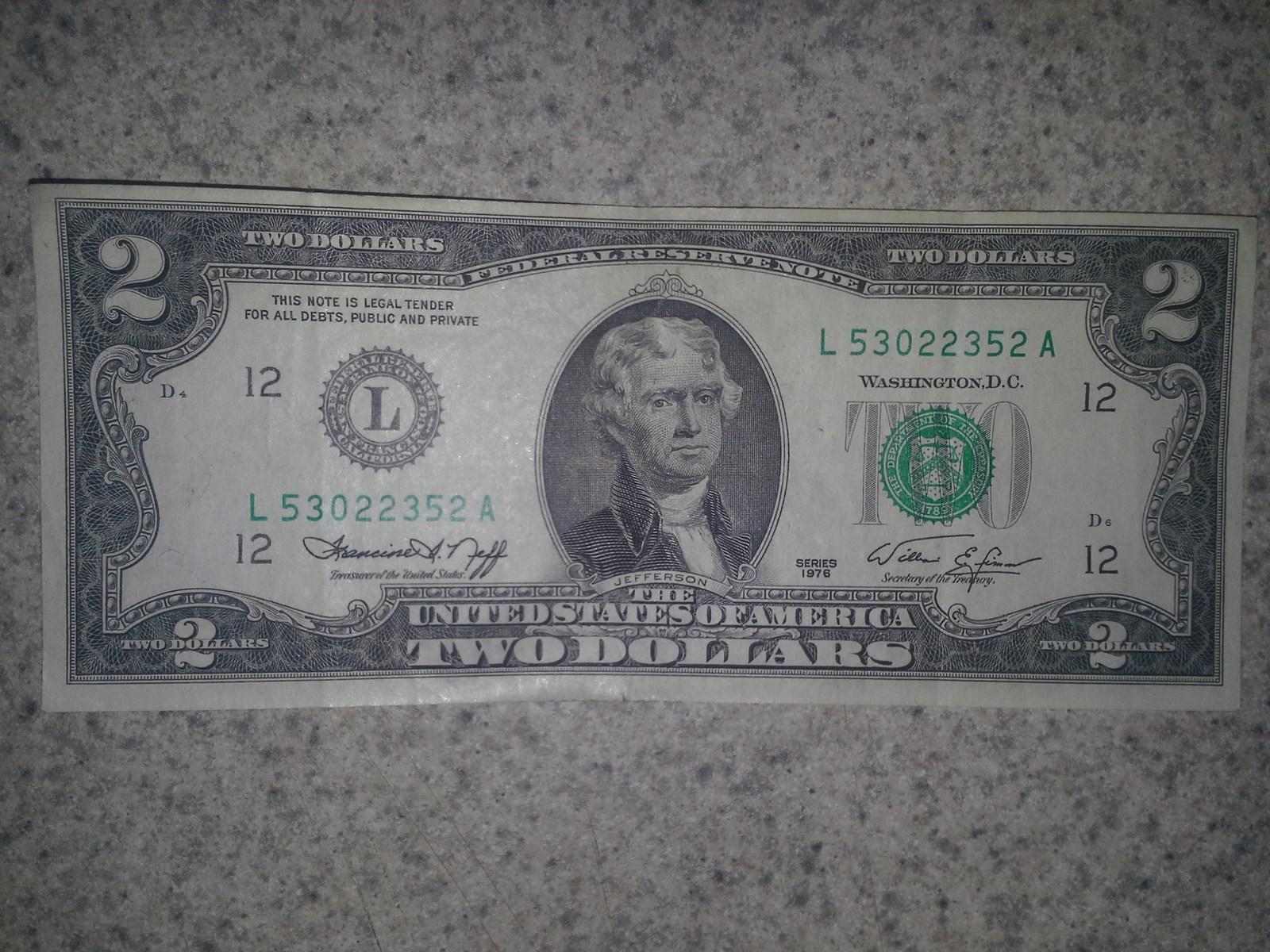 $2 dollar bill L53022352 A serial number series 1976 D4-D6 circulated  - $5.00