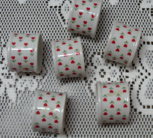 Vintage KNOBLER Porcelain HEART DESIGN Napkin Rings Vintage Table Ware