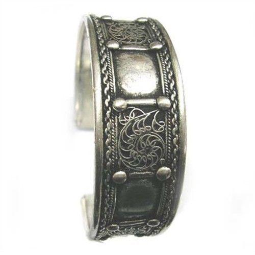 Huge Tibetan 9 Dotted Pane Lotus Filigree Multi-Weaving Amulet Cuff Bracelet - $10.64