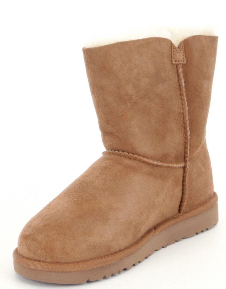 6da5184ebd4 UGG Australia Girls Ebony Boots Size 6M and 50 similar items