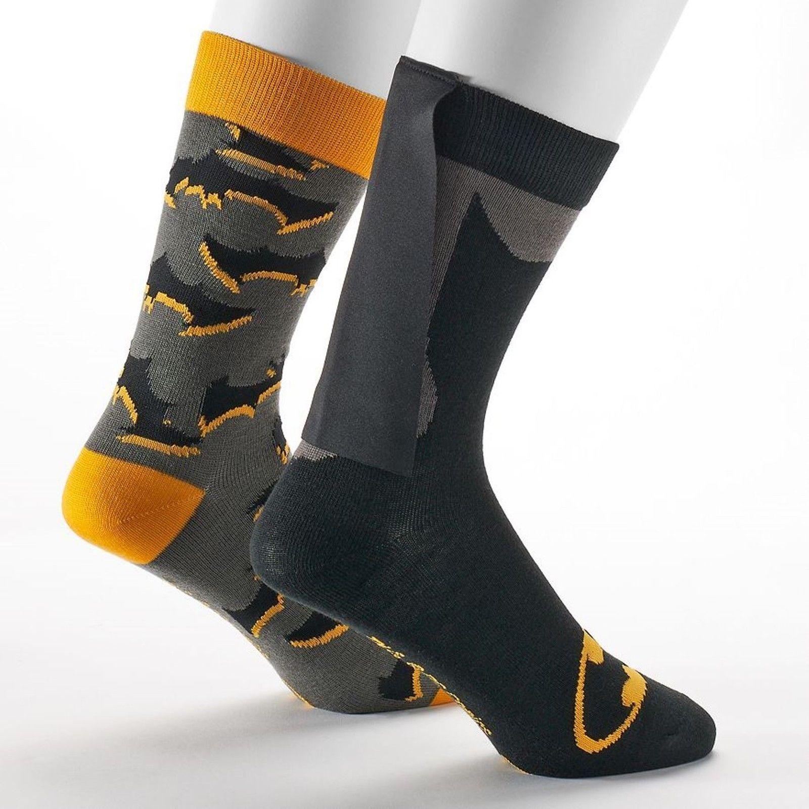 Mens 2-Pack Super Hero Batman or Superman Caped Crew Socks Size 10-13 NEW $24