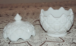 Westmorelant Old Quilt Milk Glass Covered Candy... - $5.99