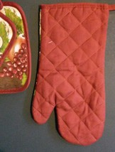 FRUIT theme OVEN MITT POTHOLDERS 3-pc Set Brown Red Grapes NEW image 6
