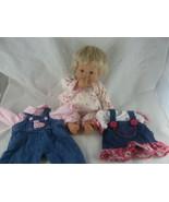 Lee Middleton Doll by Reva 2000 Baby Blond hair blue eyes thumb sucking ... - $44.54
