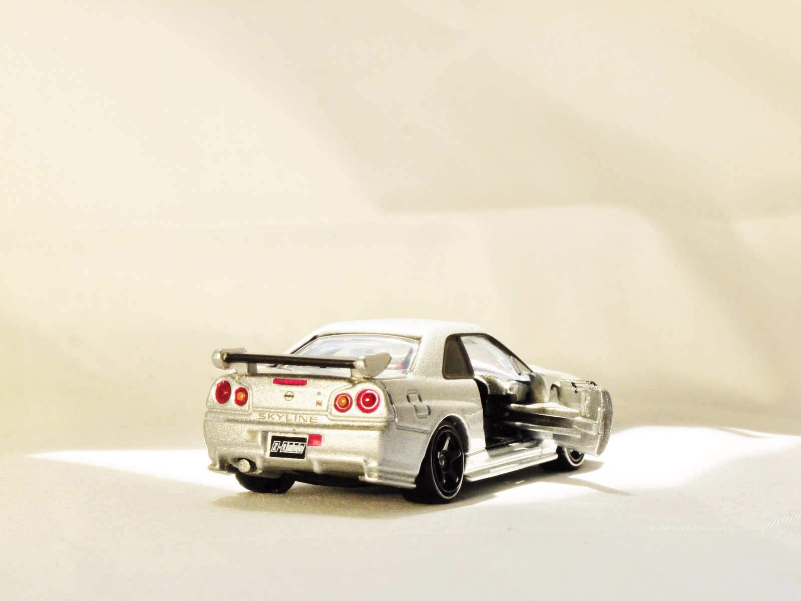 Takara Tomy Tomica Premium 01 Nissan Nismo And 50 Similar Items Diecast Truck No77 Hino Profia Original R34 Gt R Z Tune Vehicle