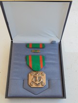 Usn Navy & Fleet Marines Unissued Cased Navy Military Achievement Medal Set #7 - $28.70