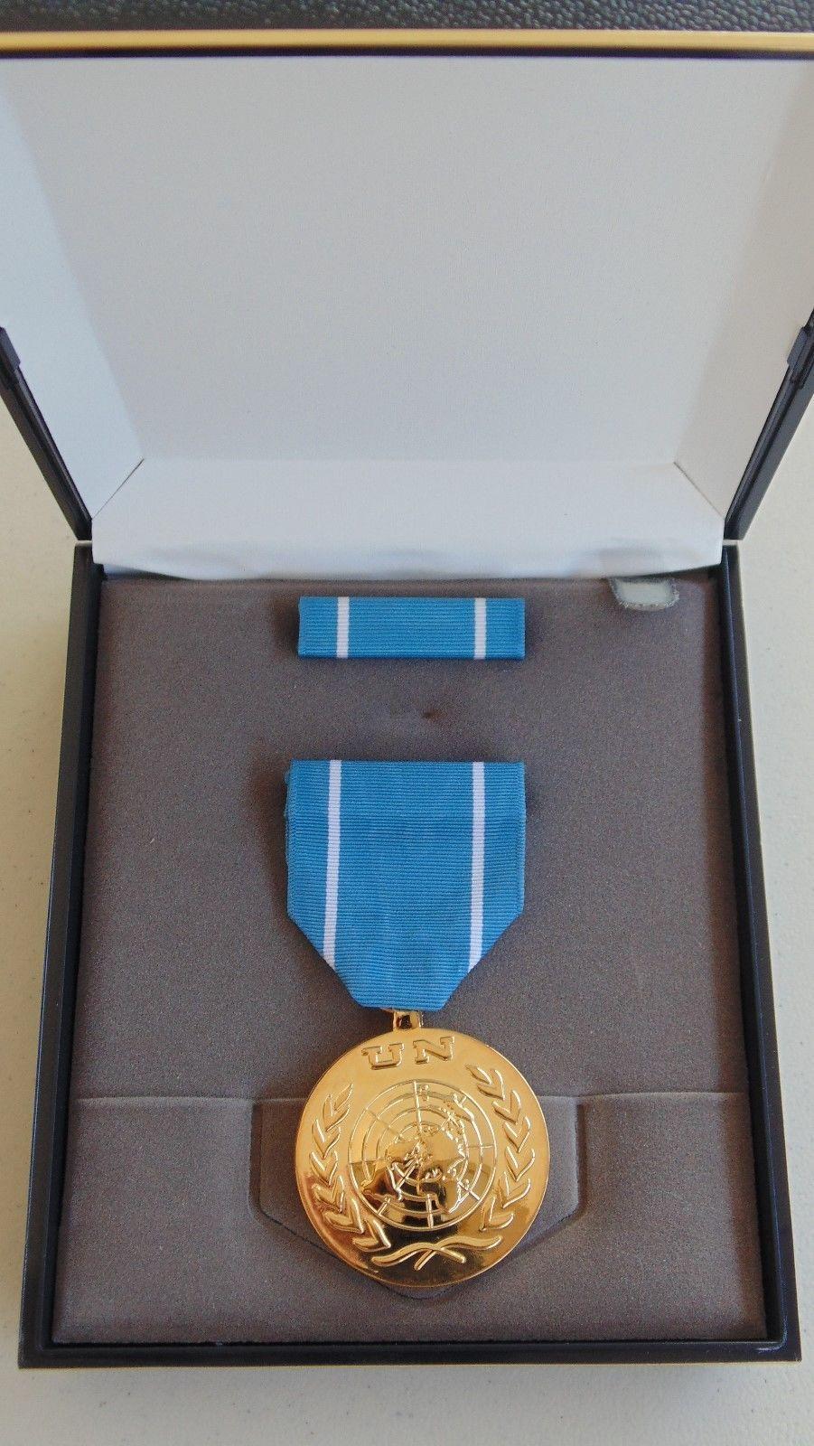 USN US NAVY FLEET MARINES UNISSUED CASED UNITED NATIONS OBSERVER MEDAL SET #16G - $34.64
