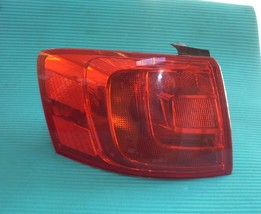 2011 VW JETTA LEFT DRIVER SIDE TAIL LAMP QUARTER MOUNTED 33K OEM image 1