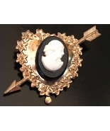 Vintage Small Gold Tone Heart With Cameo - $7.91