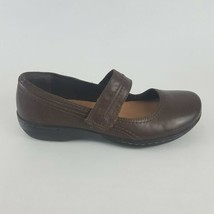 Clarks Mary Jane Flats Brown Women's 7M - $28.04