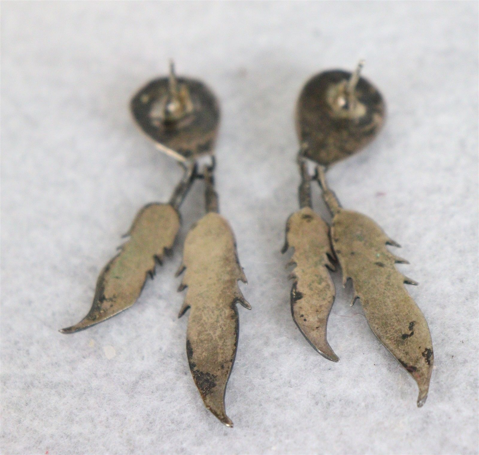 Vintage Womens Turquoise and Leaf Earrings 2-1/4""