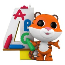 I Am Four 2016 Hallmark Ornament Family Tiger Crayons Art Color Red Gree... - $12.99