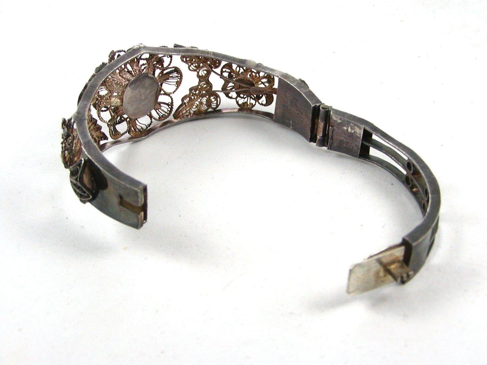 True Vintage 1930's - 1950's Silver Flower Bracelet Unmarked 110714