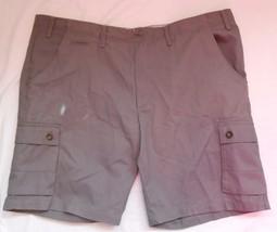 Merona NWT Mens Flat Front Shorts Gray Grey New Cargo - $21.97