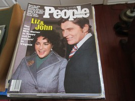 Liz & John , People Magazine , 2/14/77 ,Sex/Politics ,Freddie Prinze ,Di... - $24.75