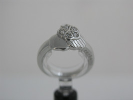 Ring Cacharel simple with three flowers together (CSR294Z) Sterling Silv... - £31.90 GBP