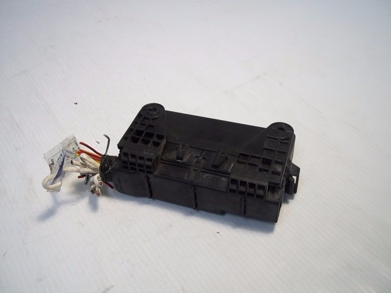 Nissan QUEST XE 1995 Fuse Box Relay Holder OEM