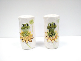VTG Salt and Pepper Shaker Set NIEL THE FROG Sears Roebuck JAPAN 1978 Li... - $29.69