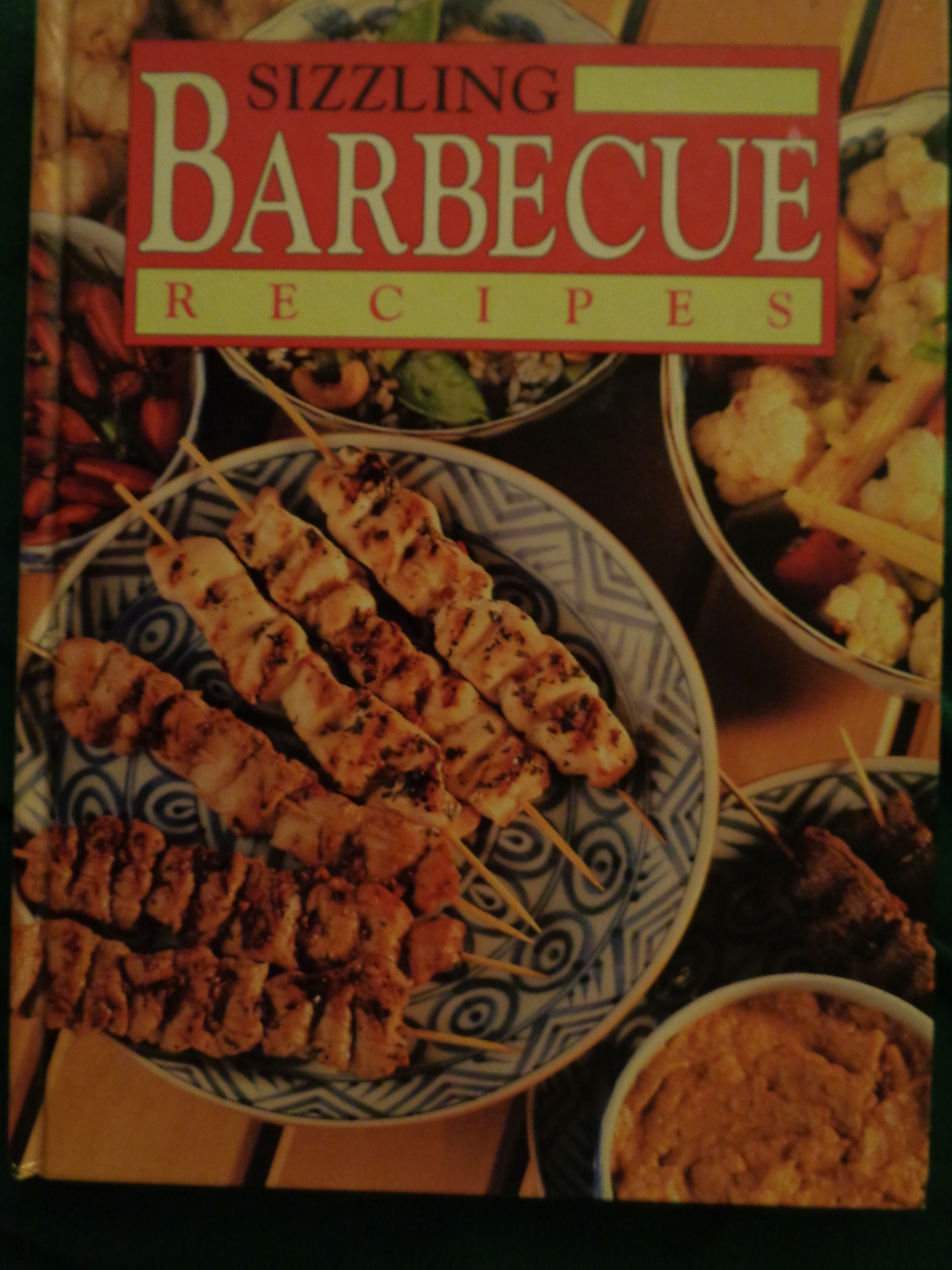 Sizzling Barbecue Recipes cookbook, Dust Jacket 1995 AJB Fairfax press