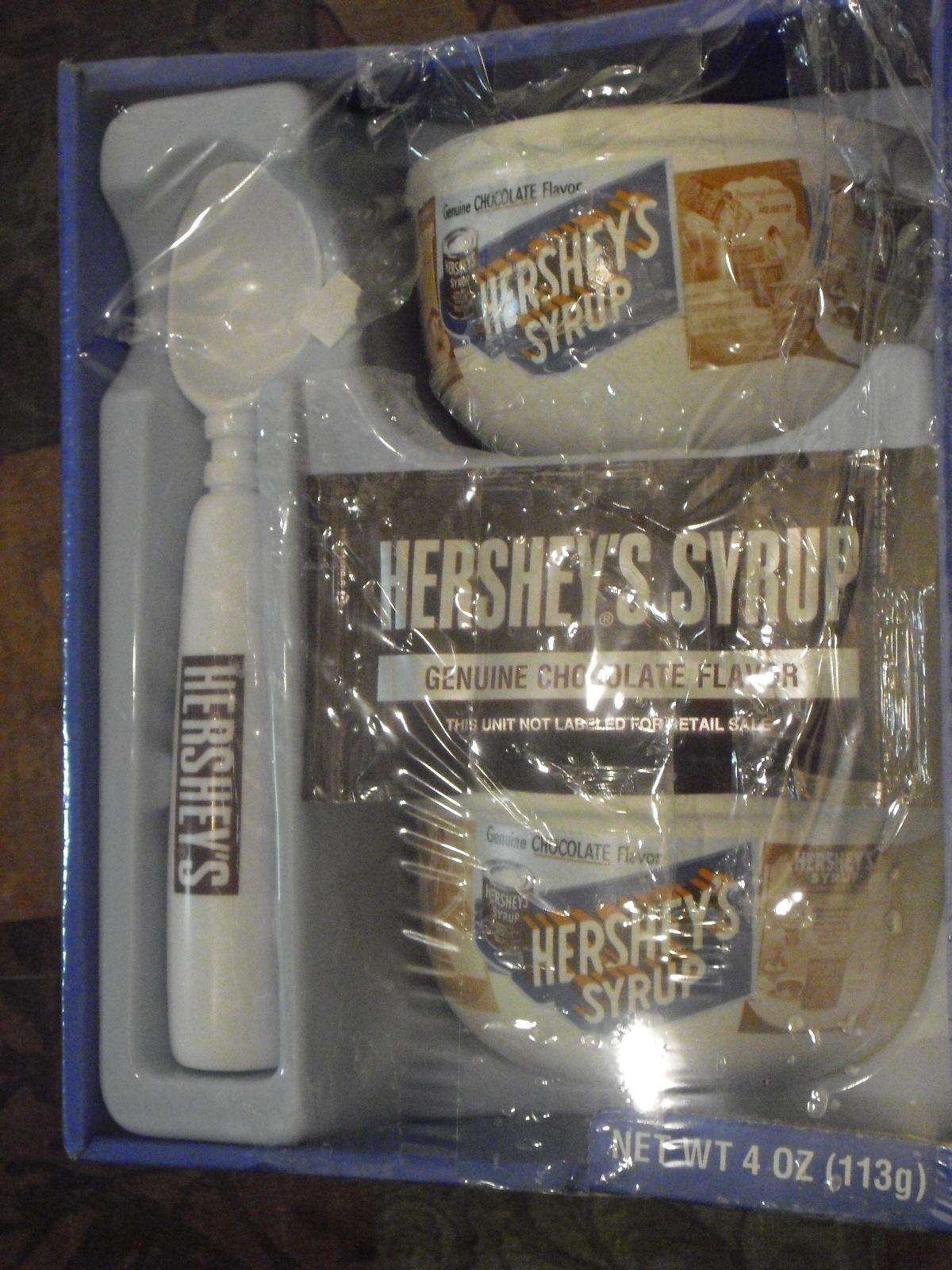 Hershey's syrup sunday set