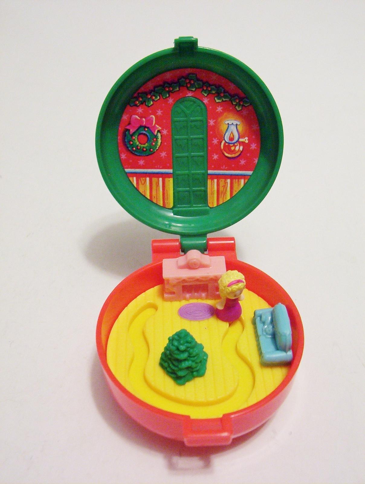 Polly Pocket Christmas Wreath Compact Bluebird Totally Toy Holiday McDonald 1993
