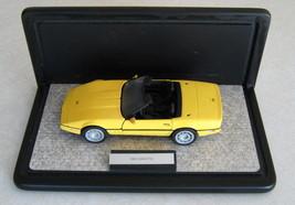 1:24 Franklin Mint 1986 Chevrolet Corvette Yellow & Franklin Mint Displa... - $48.26