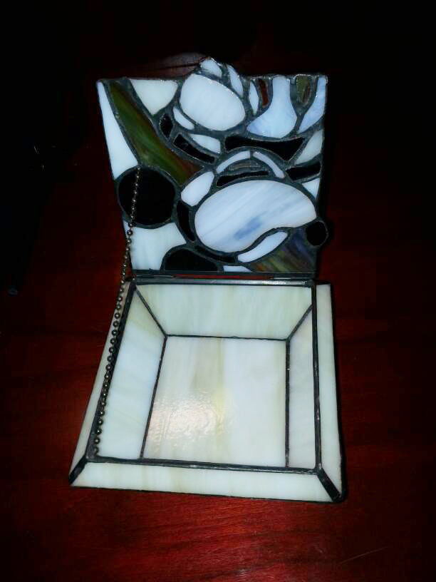 Vintage Walt Disney Mickey Mouse Slag/Stained Glass Trinket Box Pre-owned