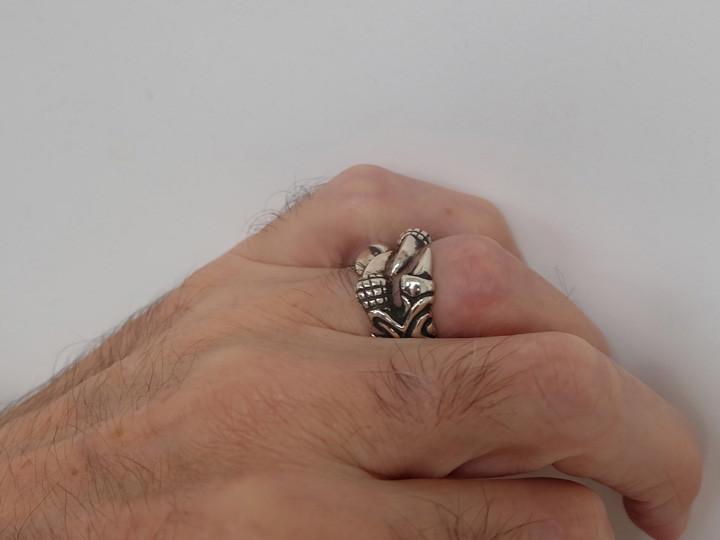 SOVATS DRAGON FINGERNAIL RING