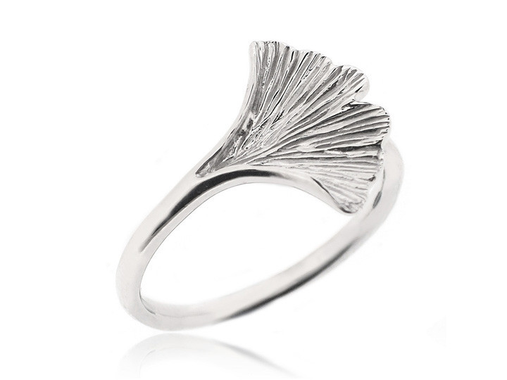 Sterling silver ring19 e917e86f 261b 459b a80d bd752cf8712c
