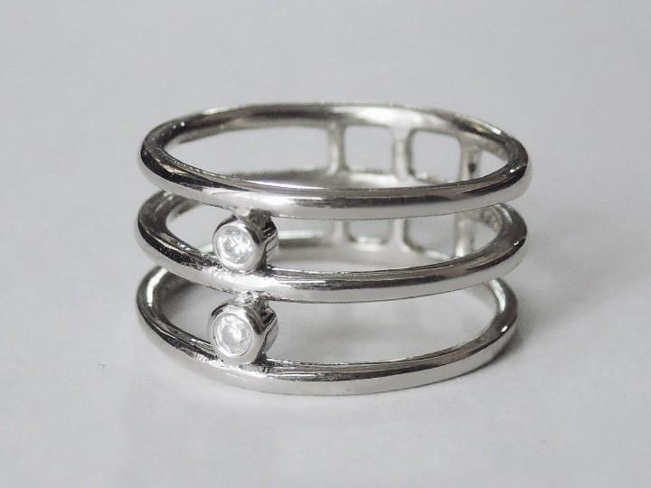 SOVATS THREE BAND RING