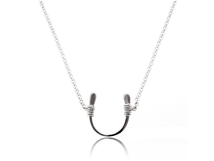SOVATS LUCKY HORSESHOE NECKLACE