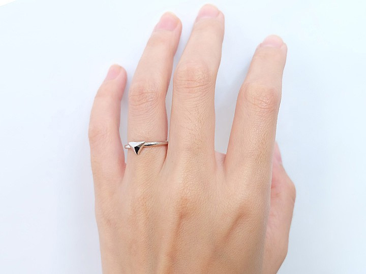 SOVATS TRIANGLE RING