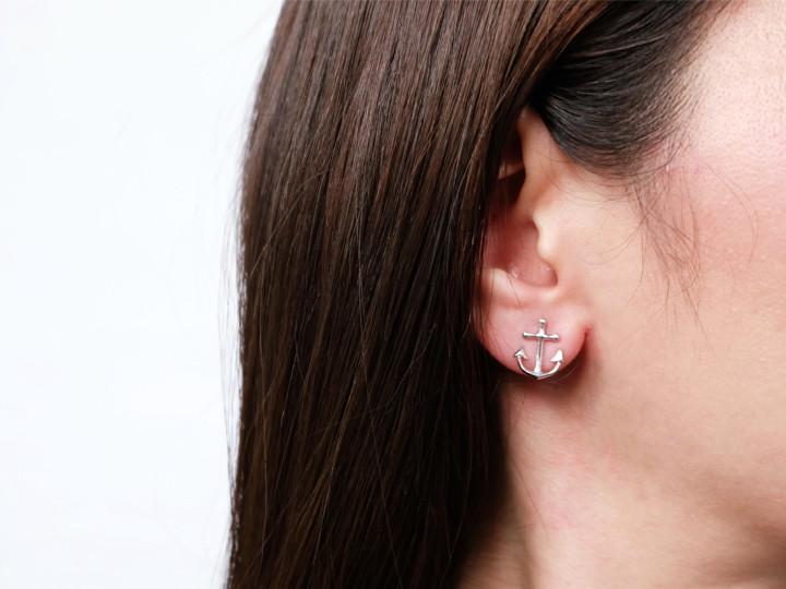 SOVATS ANCHOR EARRINGS