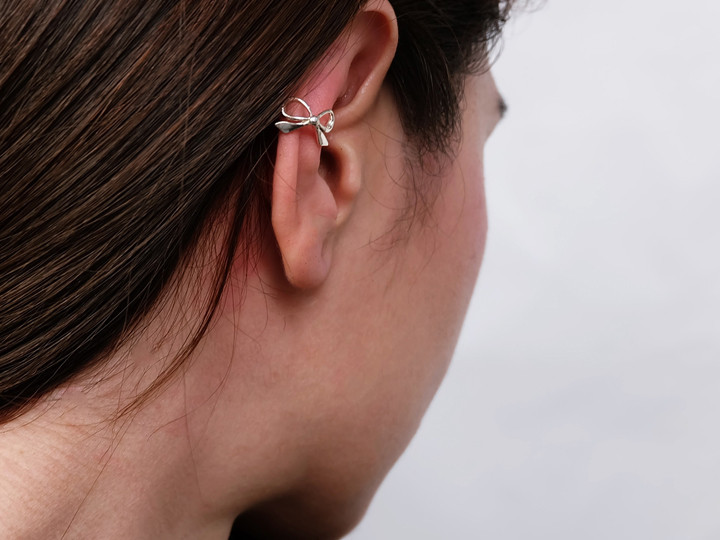 SOVATS EAR CUFF BOW