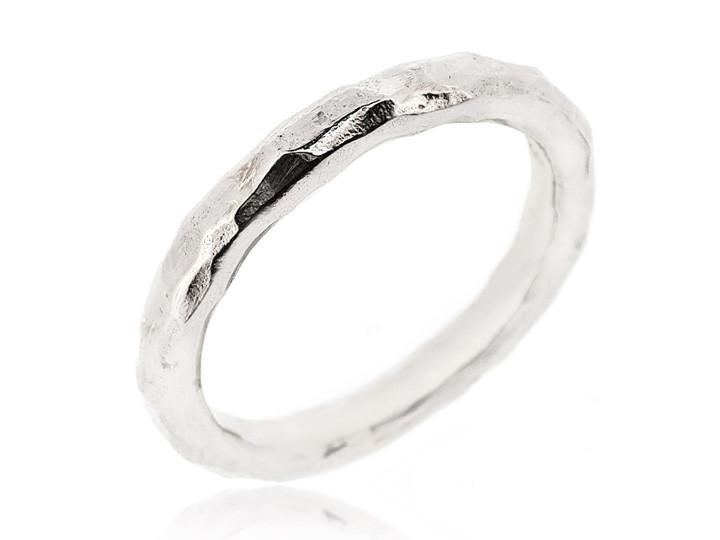Sterling silver ring9 002fee13 edd8 4fc4 b7f2 26cd659a5041