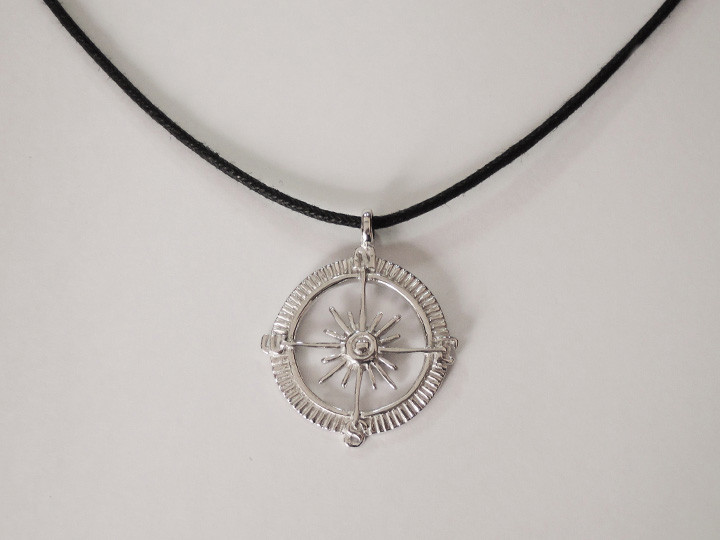 SOVATS BLACK COMPASS CORD NECKLACE