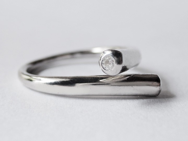 SOVATS TWIST TUBE RING