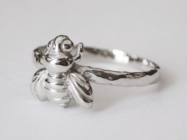 SOVATS BEE RING