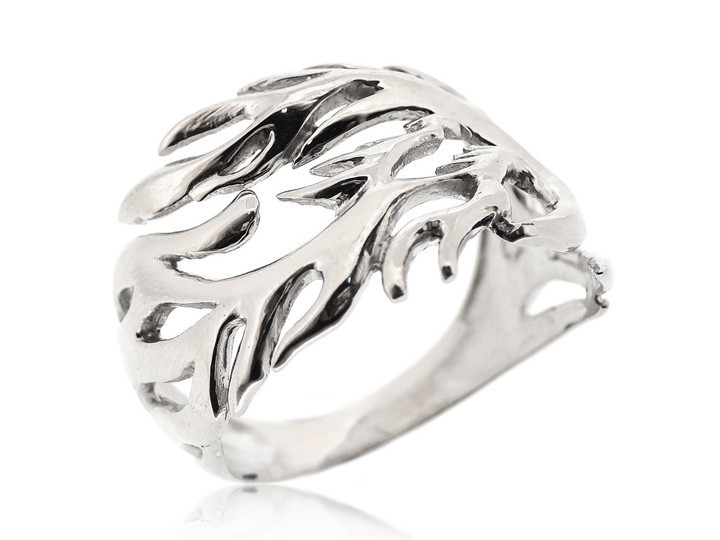 SOVATS LEAF RING