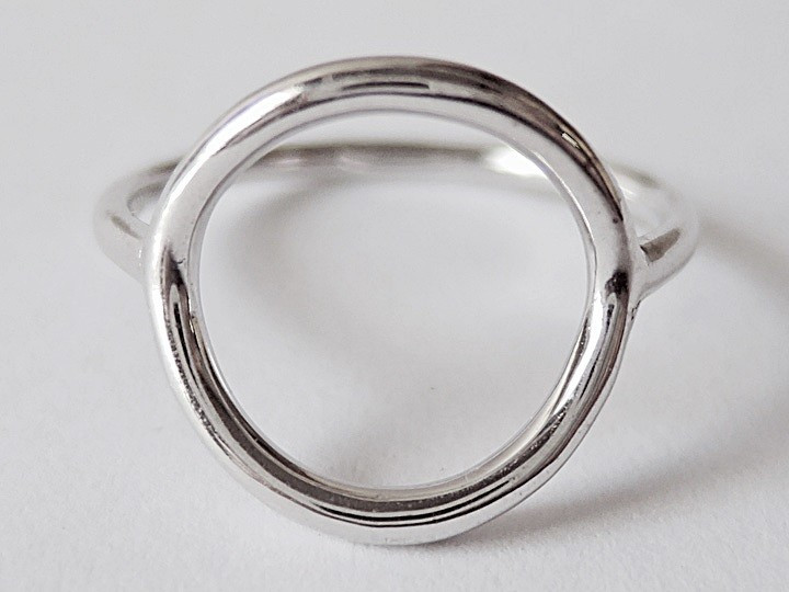 SOVATS OPEN CIRCLE RING