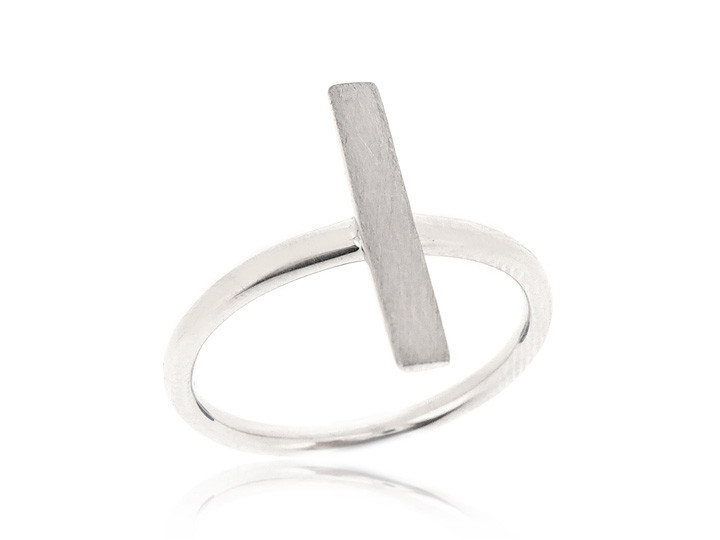 SOVATS SIDEWAYS CROSS RING