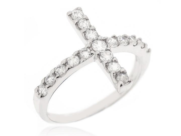 Sterling silver ring22 5dd5bfe4 7aa9 4234 8315 b026f59b2bb4