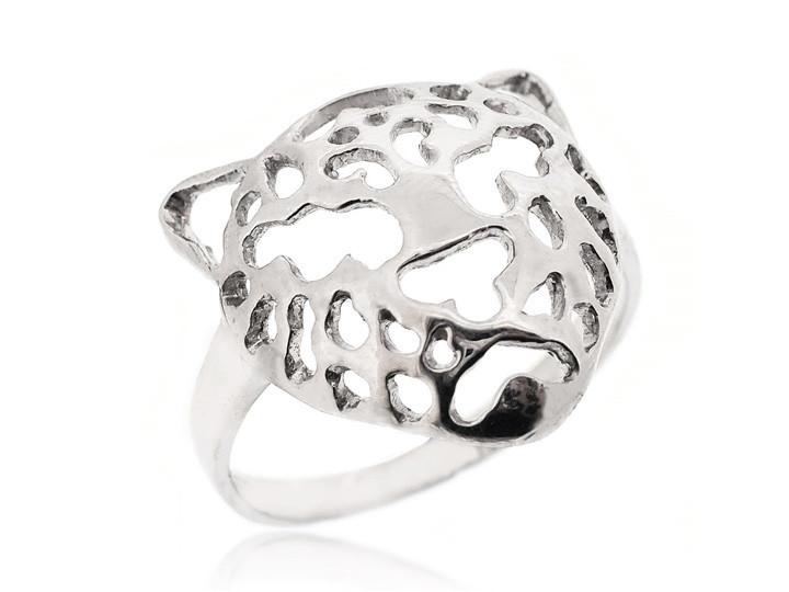 Sterling silver ring24 7fe844ad 7865 4b78 b65a 63e221e8e44a