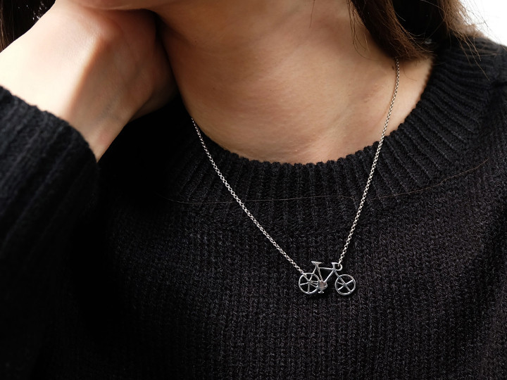 SOVATS BICYCLE NECKLACE