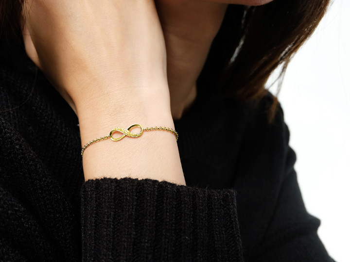 SOVATS INFINITY STONE YELLOW GOLD CHAIN BRACELET