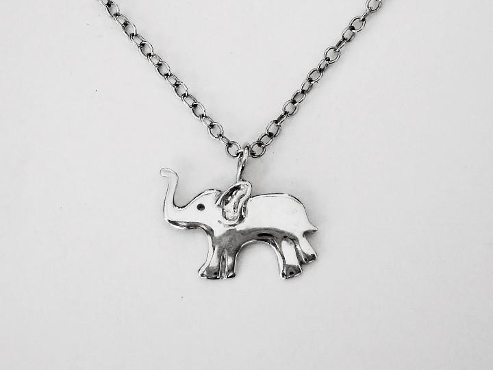 SOVATS ELEPHANT NECKLACE