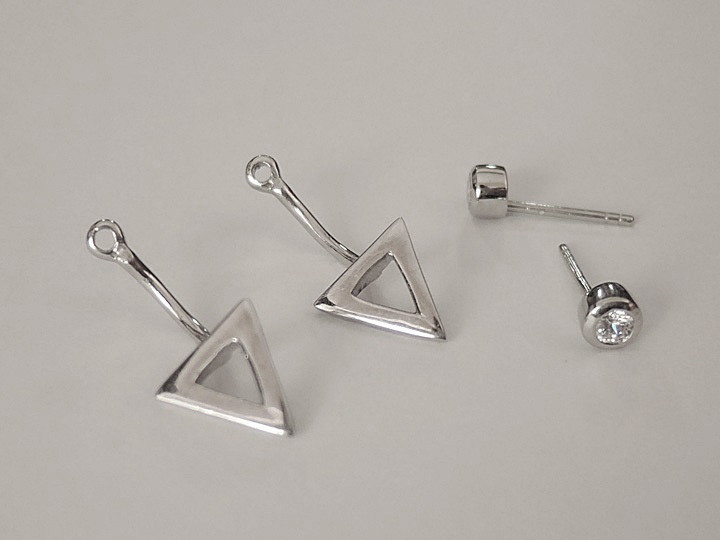 """SOVATS TWO WAY EARRING """" TRIANGLE"""""""