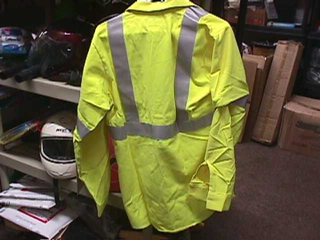 BULWARK FLAME RESISTANT 7 OZ HI-VISIBILITY WORK SHIRT, Yellow/Green